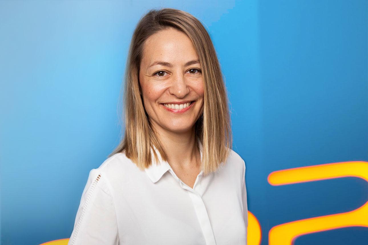 Julie DEVALLIERE